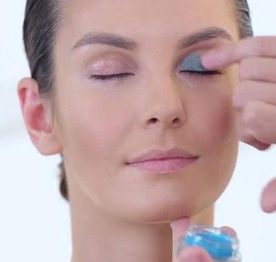 делаем макияж для серых глаз