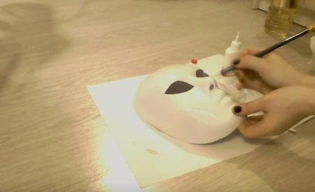 делаем театральную маску