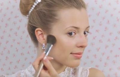 светлый свадебный макияж